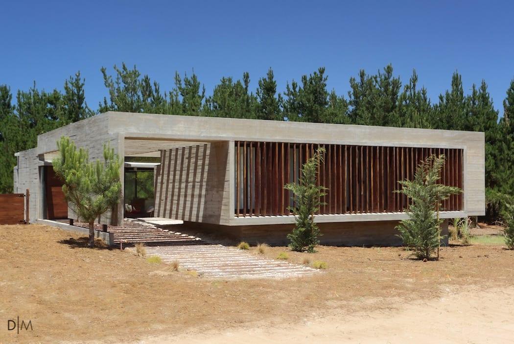طراحی ویلای بتنی از گروه معماری Besonias Almeida