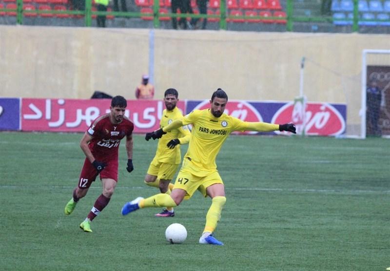 لیگ برتر فوتبال، شکست یک نیمه ای تراکتور در خانه پارس جنوبی