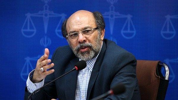 ایرادات میرزاده به گزارش تحقیق و تفحص، شهریه ترم بهمن تغییر نمی کند