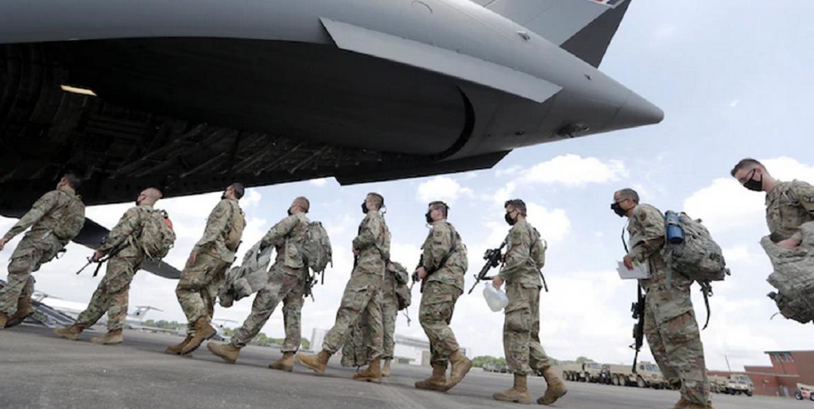 واشنگتن پست: هفته پیش ترامپ در آستانه صدور فرمان دخالت ارتش در اعتراضات قرار داشت