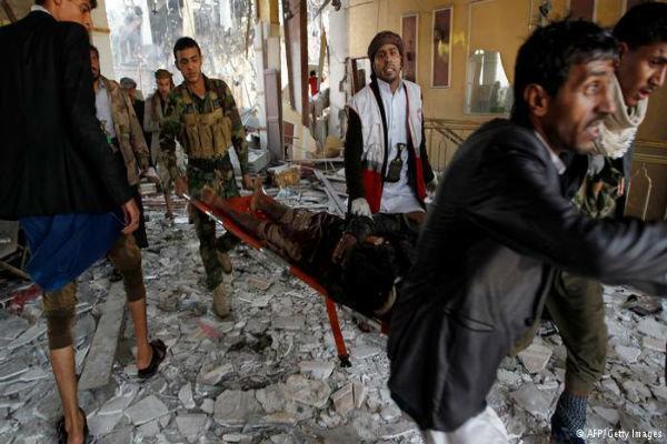 جنگنده های سعودی با بمب های خوشه ای صنعاء را بمباران کردند