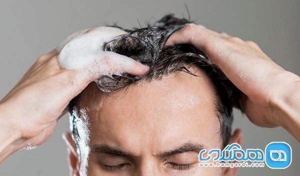 چند اشتباه رایج در شستشوی موها که اغلب مرتکب می شویم