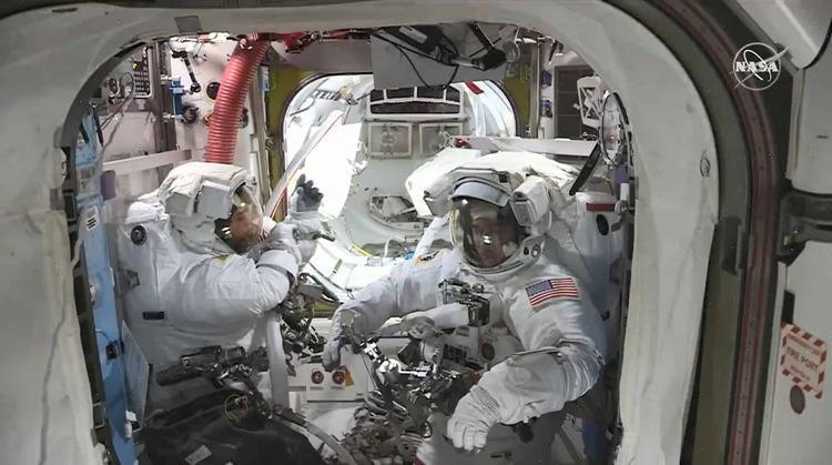لباس فضایی جدید ناسا را یک ایرانی ساخت