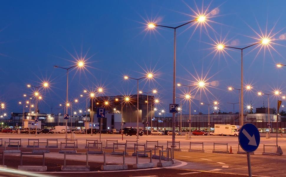 نمونه و مدل جدید LED درایو در طول یک ماه طراحی و فراوری شد، هسته ای فناور در راستا دانش بنیانی