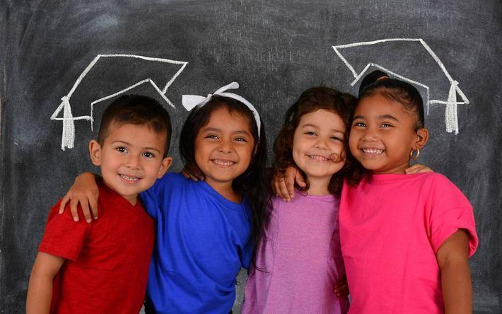بهترین روش های آموزش زبان انگلیسی به بچه ها کدامند؟