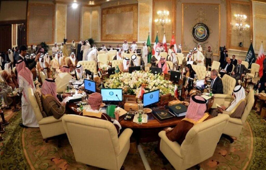 خبرنگاران تحلیلگر اروپایی: اختلاف عربستان و قطر عمیق است