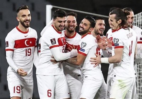 مقدماتی جام جهانی 2022، دومین پیروزی قاطعانه ترکیه و اولین برد هلند