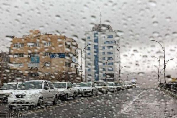 خبرنگاران هواشناسی آذربایجان غربی نسبت به تشدید فعالیت سامانه بارشی هشدار داد