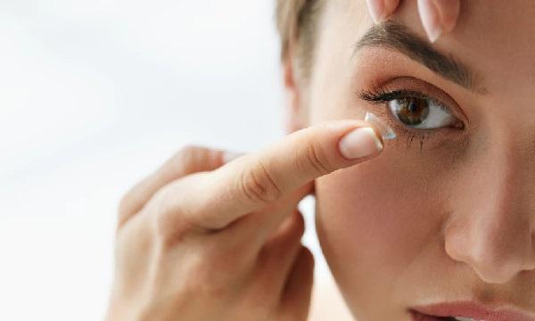 اصول نگهداری و مراقبت از لنزهای چشمی