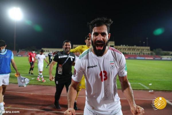 جشن و پایکوبی بازیکنان تیم ملی در بحرین