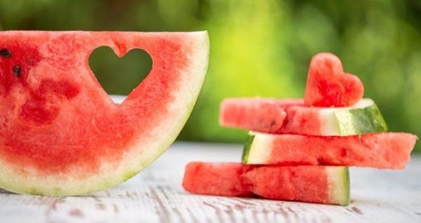 به خاطر این 8 علت مصرف هندوانه را از قلم نیاندازید