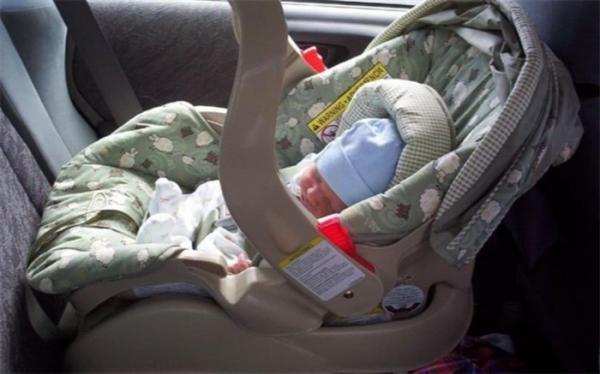 کشف جسد نوزاد در خودرو